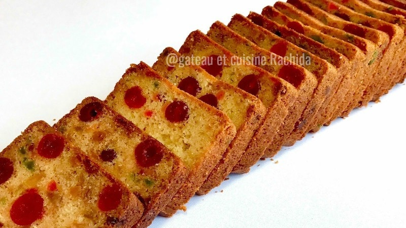cake aux fruits confits et fruits secs