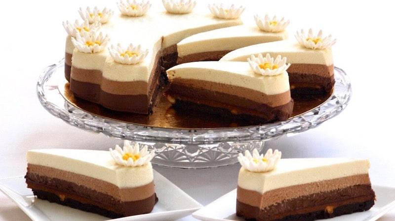 recette gateau 3 mousse au chocolat -entremet 3 chocolats avec crème anglaise