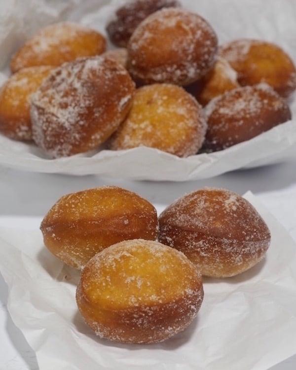Recette beignets - boules de berlin à fourrer de confiture et de crème