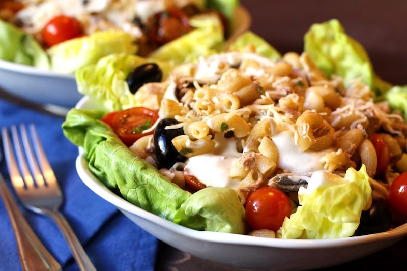 salade de pâte et thon à la grecque