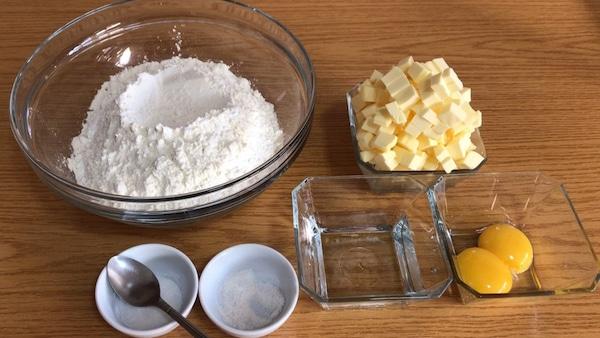 pâte brisée-farine-oeuf et beurre-recette en 10 min