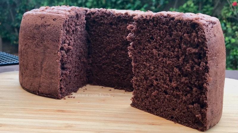 génoise chocolat très haute -recette patisserie- gateau et cuisine rachida