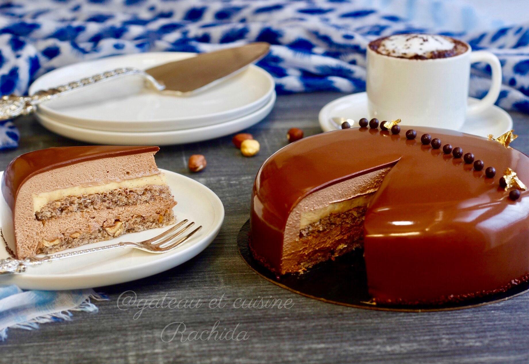 entremets au chocolat lait ,noisettes et vanille