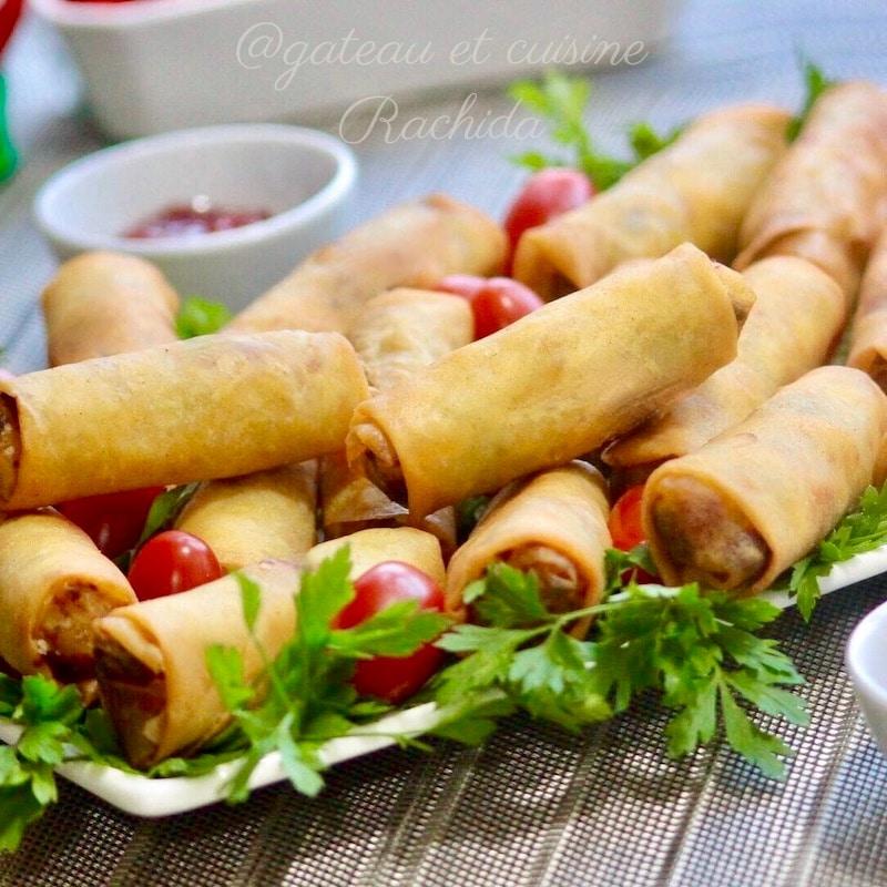 cigare au poulet ,olives ,champignons et vermicelle chinois