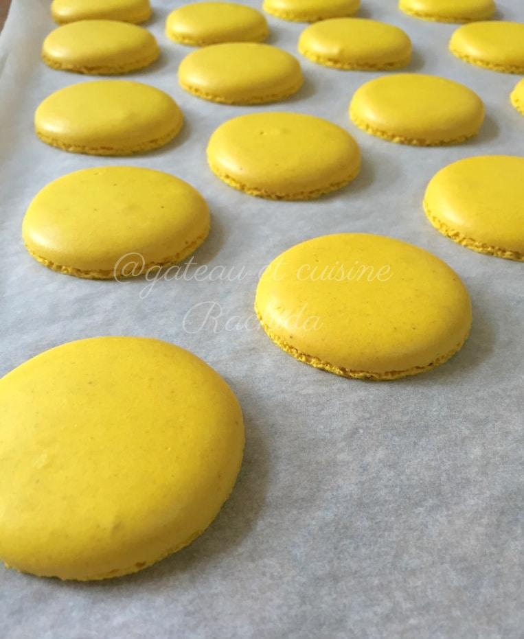 Coque de macaron au citron pierre hermé contre christophe felder